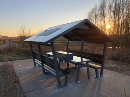 ΝΕΟ ΠΡΟΪΟΝ: Έξυπνο Ηλιακό Κιόσκι από την CORE SOLUTIONS